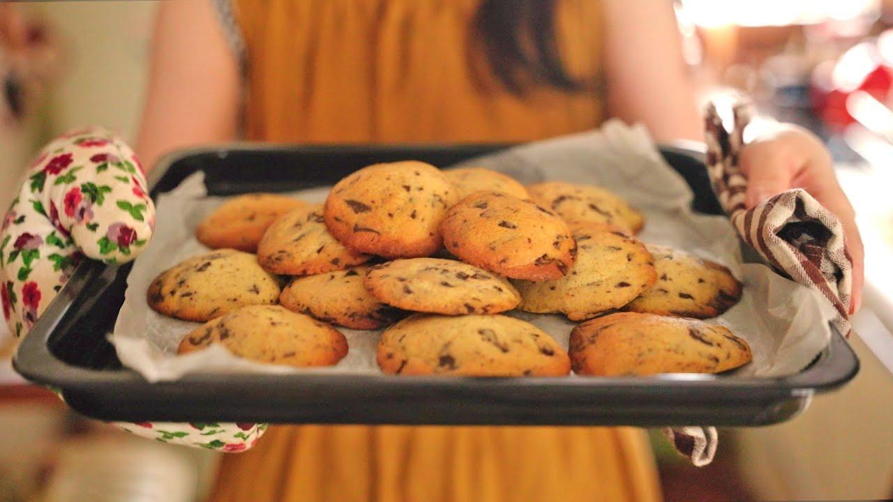クッキーが焼けたよ!!幸せのチョコチップクッキーのレシピ😋
