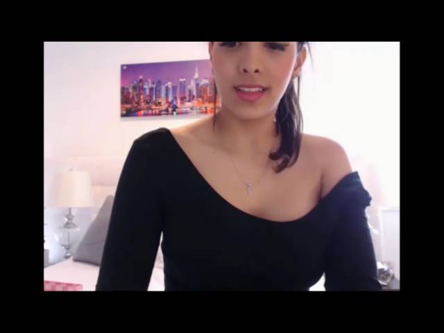Beautiful Colombian Shows Her Beautiful Body On Webcam