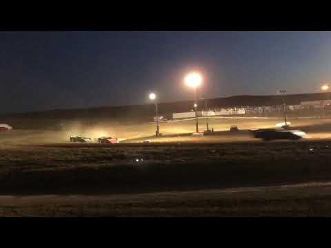 9/01/2018 Gillette Thunder Speedway Clash night 2 heat race (outside view)