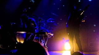 Metric - Gimme Sympathy (ELLEvator Remix)
