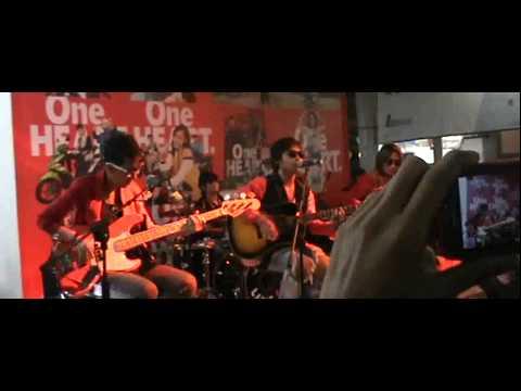 J Rock - Cobalah Kau Mengerti ( jakarta fair / one heart )