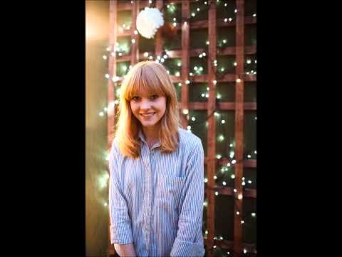 Lucy Rose - Bull to the Red (Demo)