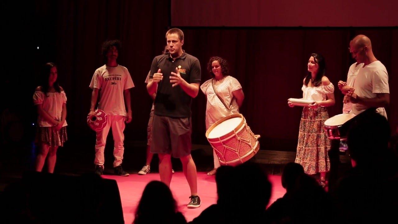 A Grande Roda de Tambores   Thiago Senden   TEDxBlumenau