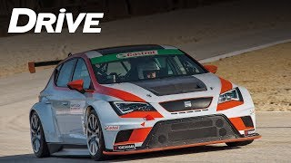 Test drive SEAT Leon Cup Racer (english subtitles)