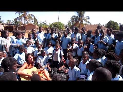 'Ai Se Eu Te Pego' no Moçambique
