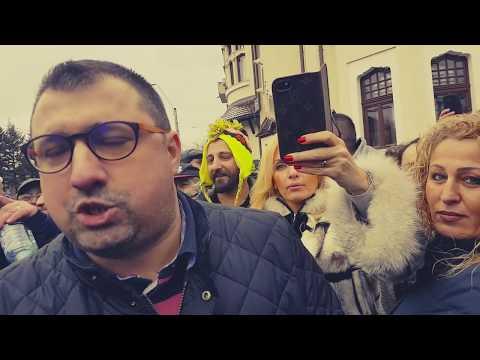 Malin Bot: Daniel Dragomir e un impostor. Din trei întrebări l-am dezbrăcat