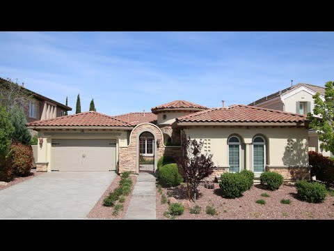 $1.2M On Golf Course 4062 Sqft, 3BD, 2 DEN, Optional Casita, Homes For Sale Red Rock Country Club