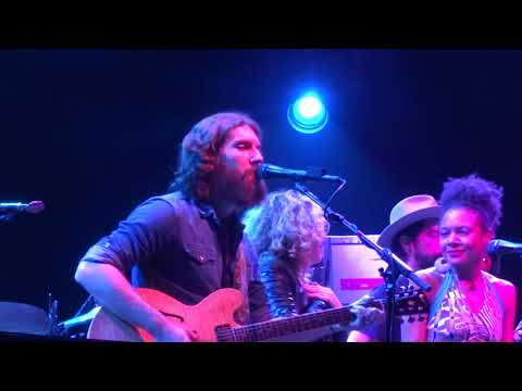 Broke Down Palace - Phil Lesh and Friends with Amy Helm and Allison Russell March 16, 2019