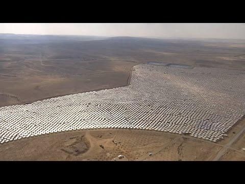 Гигантскую солнечную электростанцию строят в Израиле (новости)