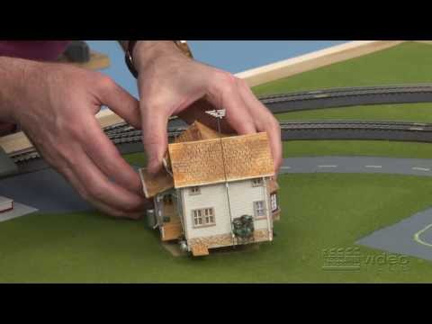 Family Train Layout: episode 4 – install buildings and roads