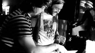 Walls - Gaberdine (Gerd Janson & Prins Thomas Remix)