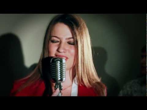 FIONITY-She's Got The Look (Roxette cover)