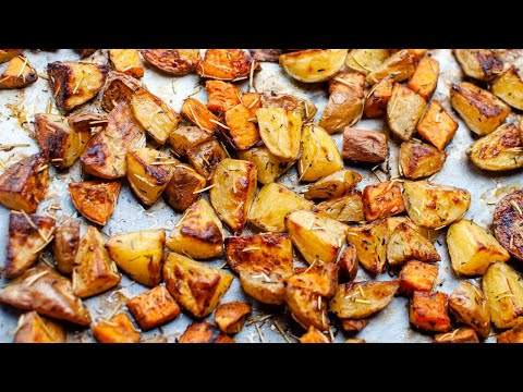des-patates-douces-et-des-pommes-de-terre-rôties-au-four.-régalez-vous-!