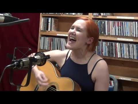 Grace Pettis - Working Woman - WLRN Folk Music Radio