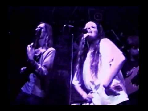 Edie Brickell & New Bohemians What I Am