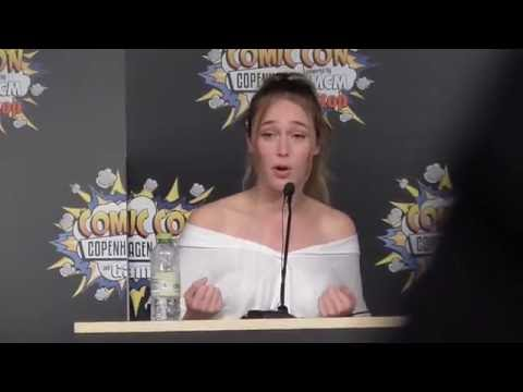 Alycia Debnam-Carey - Comic Con Copenhagen Day 2 - Q&A Panel