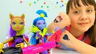 Монстер Хай и тату салон: детские татуировки