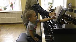 07.03.2019 Lesson by Mira Marchenko with Fedya Kutuzov, classroom of Central Music School