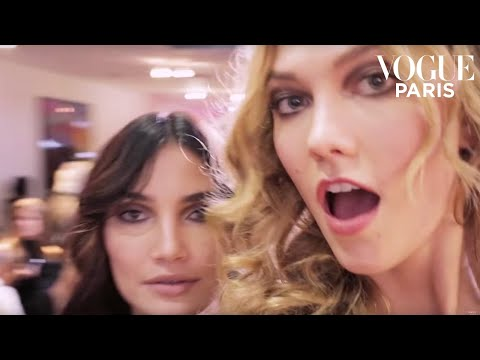 When Karlie Kloss stole our camera at New York Fashion Week | #VogueFollows | VOGUE PARIS