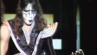"""KISS - """"Do You Love Me"""" (Lost Alive II)"""