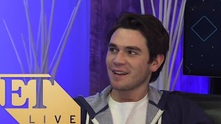 KJ Apa from The CW's Riverdale | ET LIVE