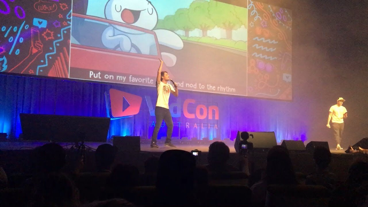 LIFE IS FUN LIVE PERFORMANCE BY THEODD1SOUT VIDCON AUS 2018