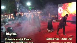 Download Hindi Video Songs - Man Mor Bani Thangat Kare by Kalpesh Vyas of Rhythm Orchestra