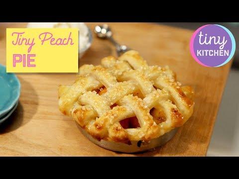 Tiny Peach Pie | Tiny Kitchen