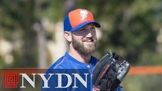New York Mets Jonathan Niese At Spring Training