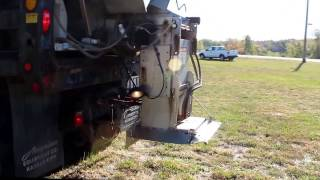 1996 International 4900 dump truck with plow and spreader Demo