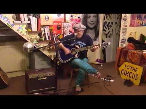 Blur - Song 2 - Acoustic Cover - Danny McEvoy