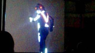 michael jackson v robot