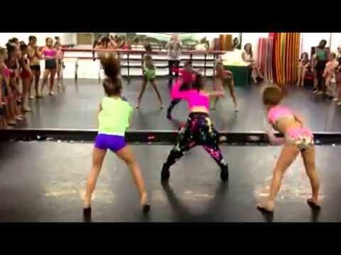 Mackenzie Ziegler, Peyton Heitz, and Raquel dancing at the ALDC bootie camp