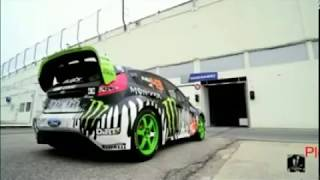 Amazing Super Car Stunts
