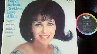 Watch Wanda Jackson Look Out Heart video
