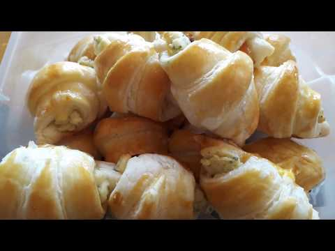mini-croissants-saumon-boursin