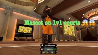 I took my 6'4 mascot to the 1v1 court ‼️‼️