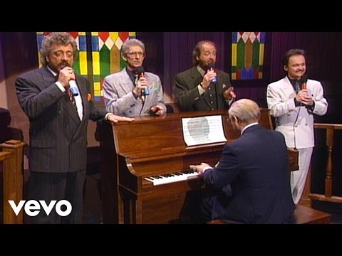 Bill & Gloria Gaither - I Shall Not Be Moved [Live] ft. The Statler Brothers