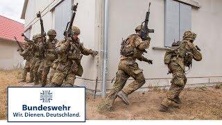 Gefecht in Schnöggersburg – Gebirgsjäger bereiten sich auf Einsatz vor - Bundeswehr