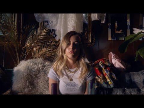Logan Alexandra - Toxic Lover (Official Music Video)