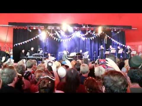 Bruce Forsyth Glastonbury 2013 opening song