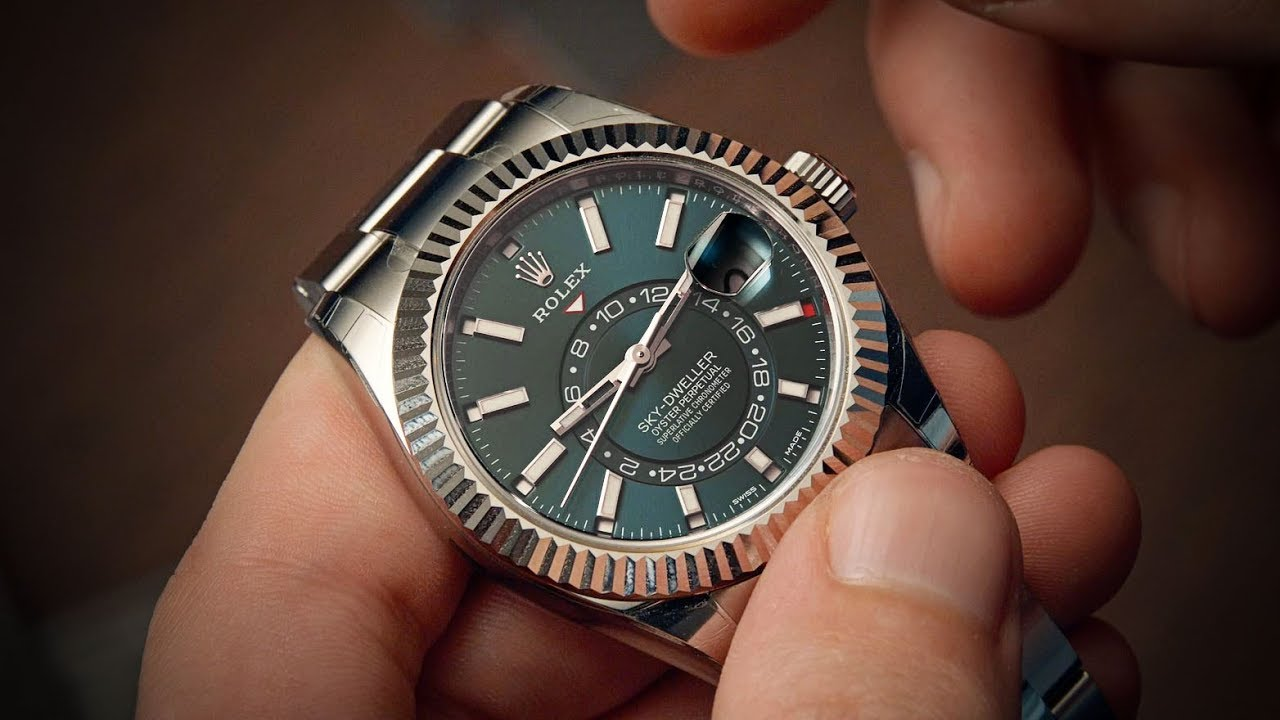 18fe552a7d383 The Steel Sky-Dweller - Rolex Sky-Dweller 326934