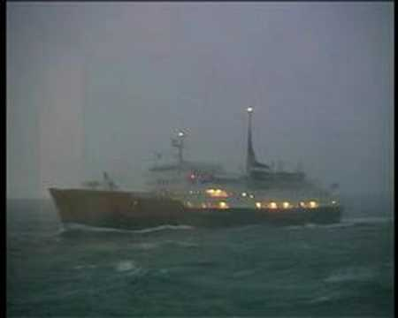 1997 Hurtigruten M/S Kong Olav trifft...