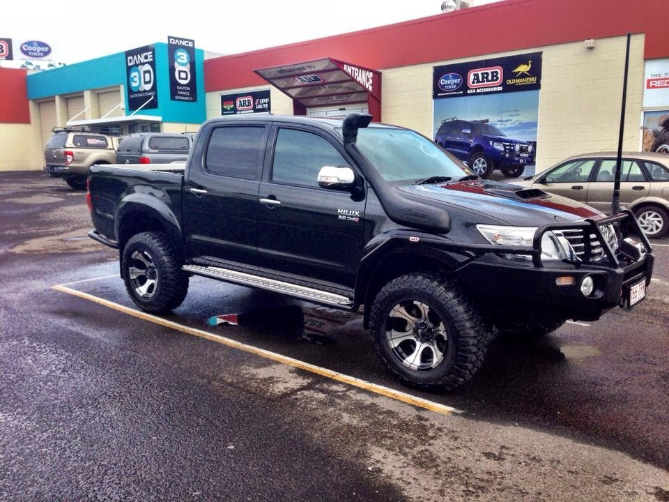 My Toyota Hilux SR5 Turbo Diesel - Modified