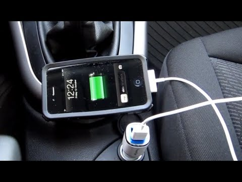 Car charger for iPhone & iPad etc. PowerGen Double USB 1 & 2 Amp. Here a iPhone 4S & TomTom