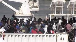 Catania, tensione tra i migranti sulla nave Diciotti