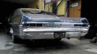 1965 Pontiac Bonneville idling  Part 1