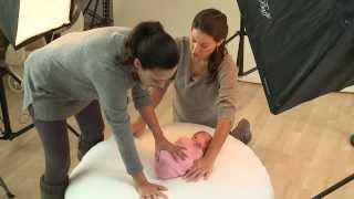 Photographer Ana Brandt: How to Wrap a Newborn Baby