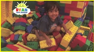 LEGOLAND DISCOVERY CENTER Indoor playground with Giant Lego splashpad for kids water park