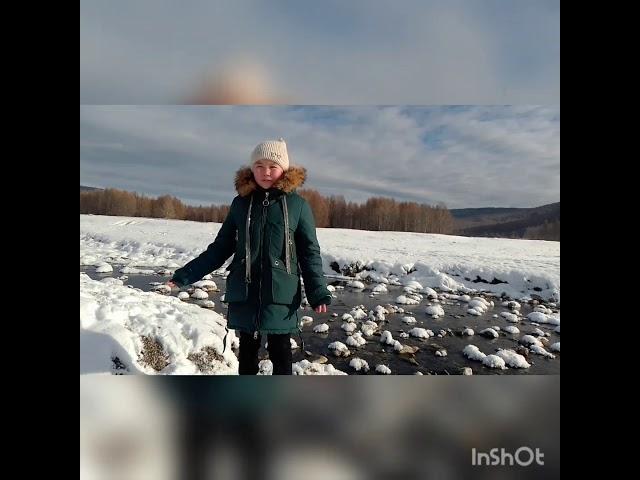 Изображение предпросмотра прочтения – АлинаБалданова читает произведение «Русь» С.А.Есенина